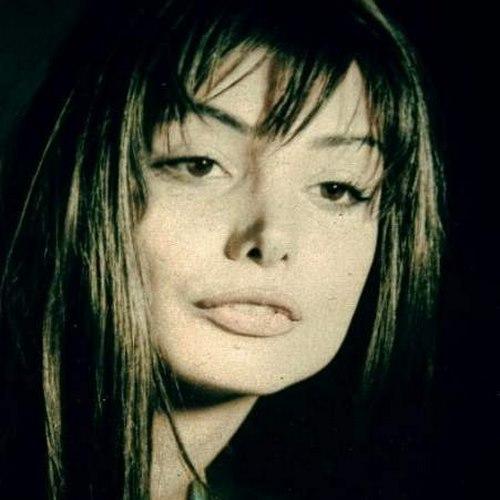 ژینا کلانتری چند سالشه؟